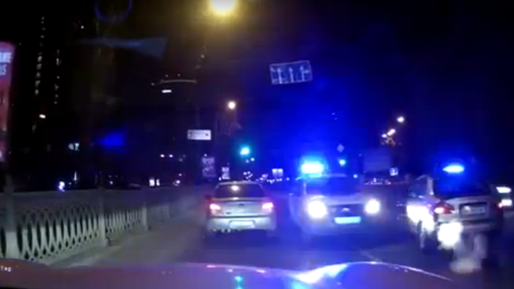 Погоня полиции за BMW, videochart.net