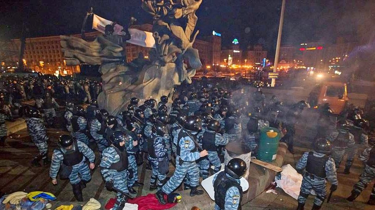Разгон Майдана в ночь на 30 ноября 2013 года, zn.ua