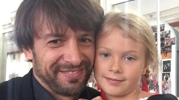 Александр с дочерью Сашей, фото: instagram.com