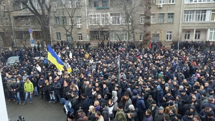 Раньше милиционеры протестовали против реформы, а теперь обращаются в суды., из facebook