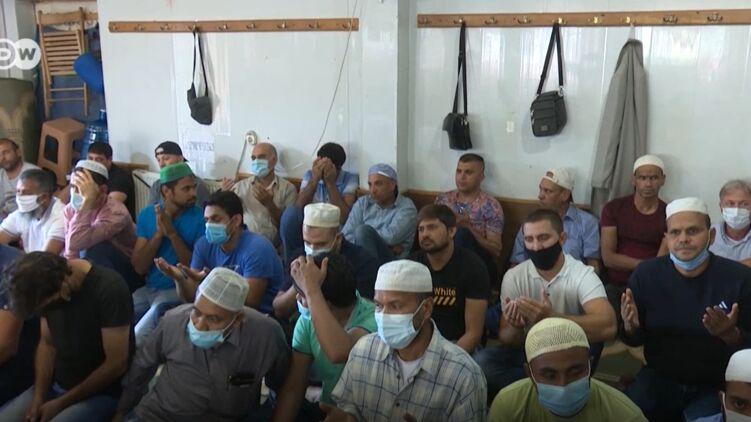 Афганские беженцы в Украине. Кадр из видео