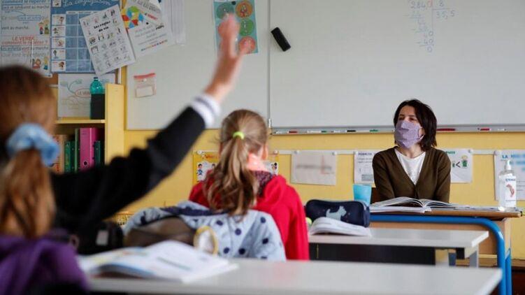 Во многих школах уже ощущается кадровый голод, учителя массово уходят из професси. Фото из открытых источников