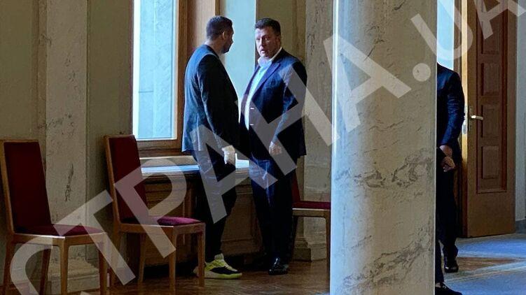 Арахамия убедил Яценко голосовать за отставку Разумкова