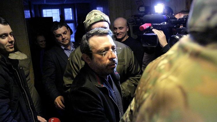 Корбан покидает зал суда и едет домой в Днепропетровск, фото: Александр Чекменов