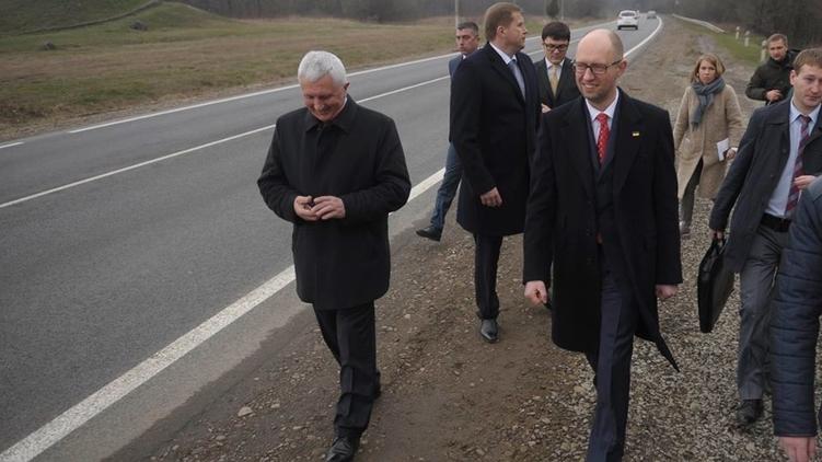 Насколько Арсений Яценюк приблизился к своей отставке, покажет следующая неделя, фото: страница в Фейсбуке Арсения Яценюка