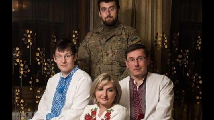 Юрий и Ирина Луценко воспитывают двоих сыновей, фото: facebook.com