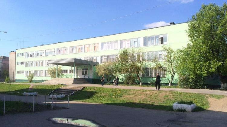Школа в Виннице, которую закончил Владимир Гройсман., Анастасия Рафал,